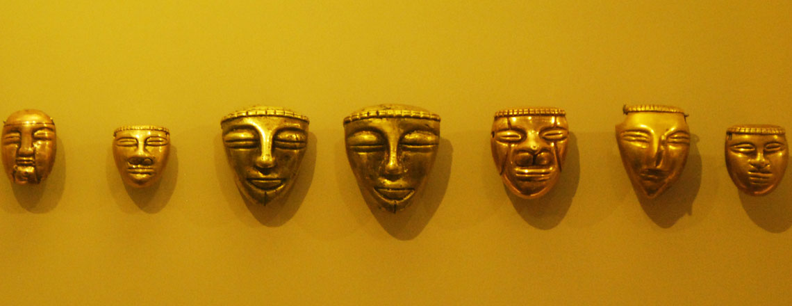gold-masks-in-gold-museum-in-bogota-colombia